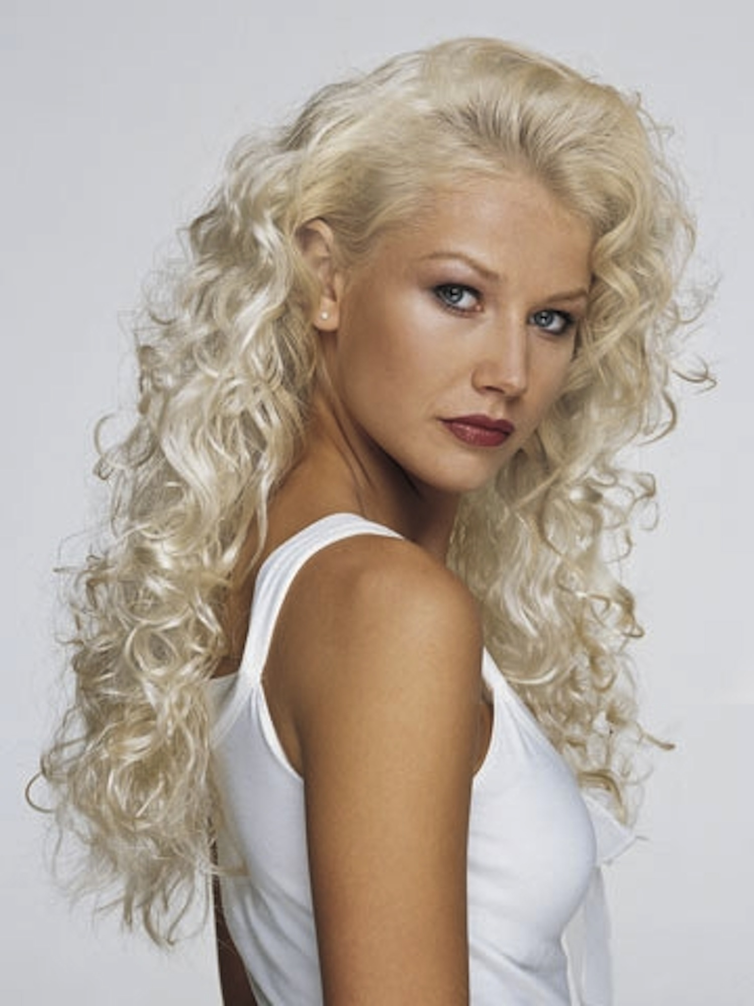 Tight Spiral Perm for Pinterest